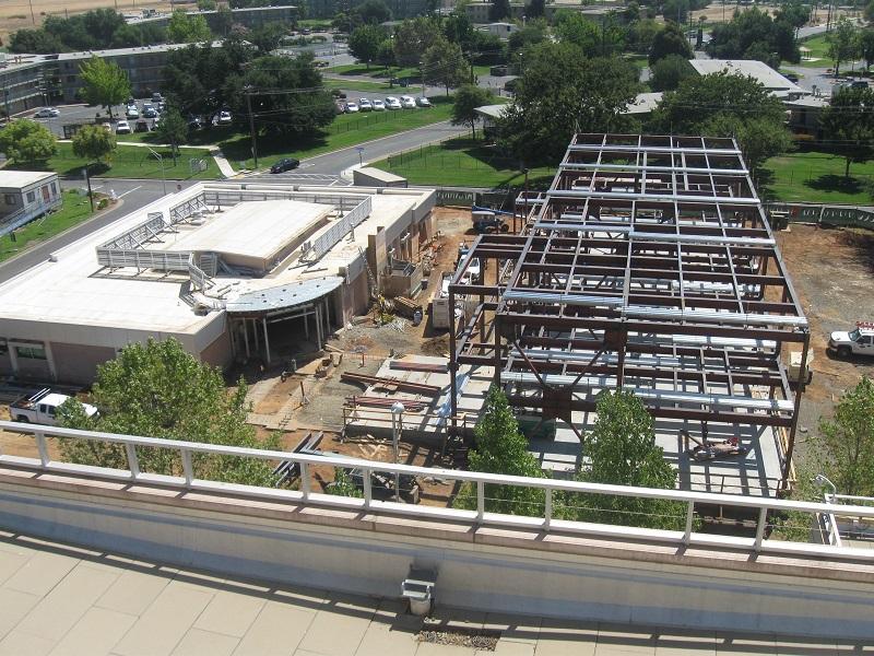 B700 roof 8-31 003